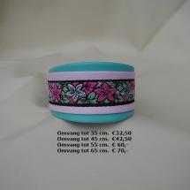 halsband, lichte kleuren, besteltinten, fleurige halsband