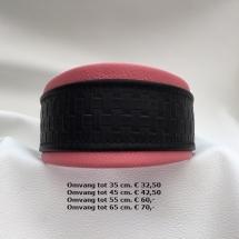 Halsband roze, zwart gevlochten leder, martingale